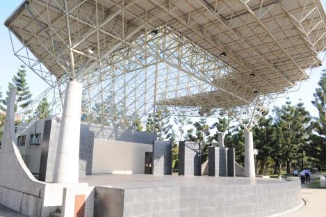 amphitheatre/da'an park, taipei/dec 2012