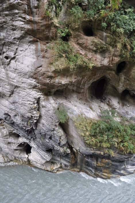 gorge wall/taroko, taiwan/jan 2013