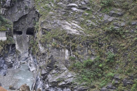 can you find the face?/taroko, taiwan/jan 2013