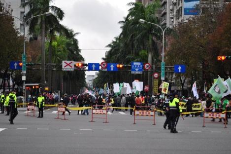 the turn to ren'ai/fury rally, taipei/jan 2013