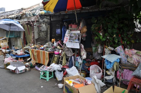 huaguang community, taipei/feb 3, 2013
