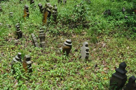 cemetery near arab quarter/singapore/march 2013