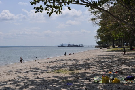 beach en route to pulau ubin/singapore/march 2013