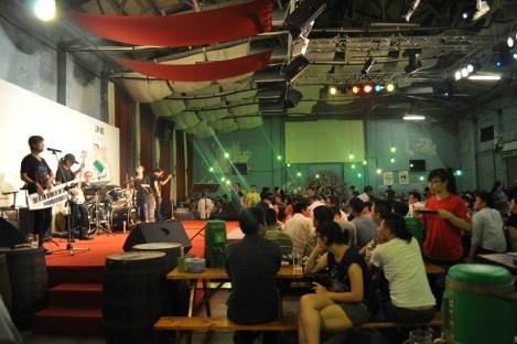 taiwan beer 346 warehouse restaurant, taipei/may 2013