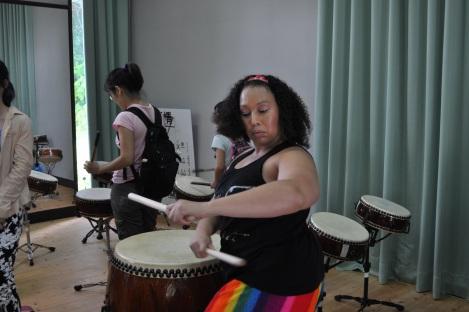 lisa's surrious drum skills at work!