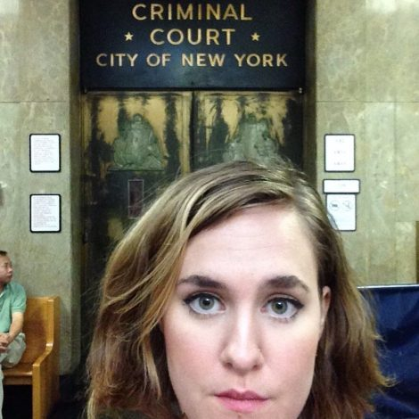 IN MEMORY OF ERIC GARNER: Obligatory selfie by Lulu at NYC Criminal Court \\ #applesandazaleas #socialresponsibility #blacklivesmatter #ericgarner #icantbreathe